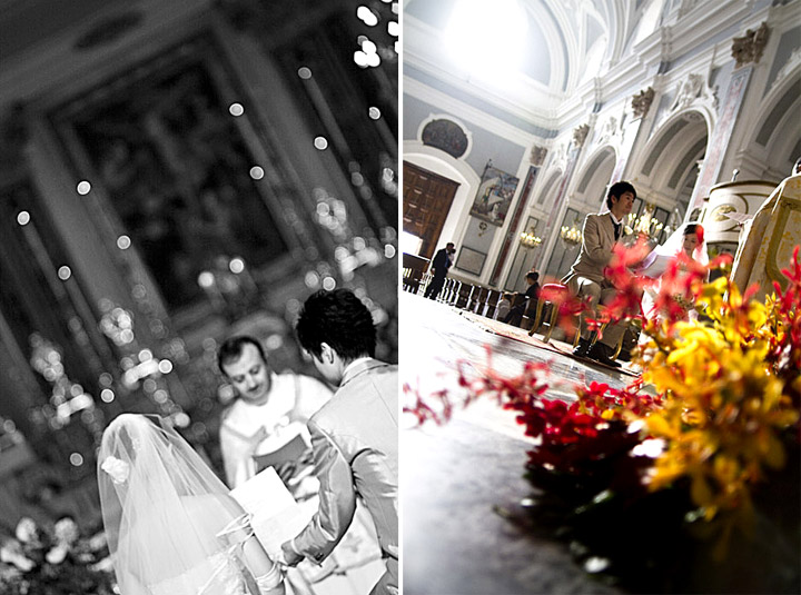 Le foto in chiesa durante la benedizione degli sposi nella chiesa di santa trofimena a minori nella costiera amalfitana