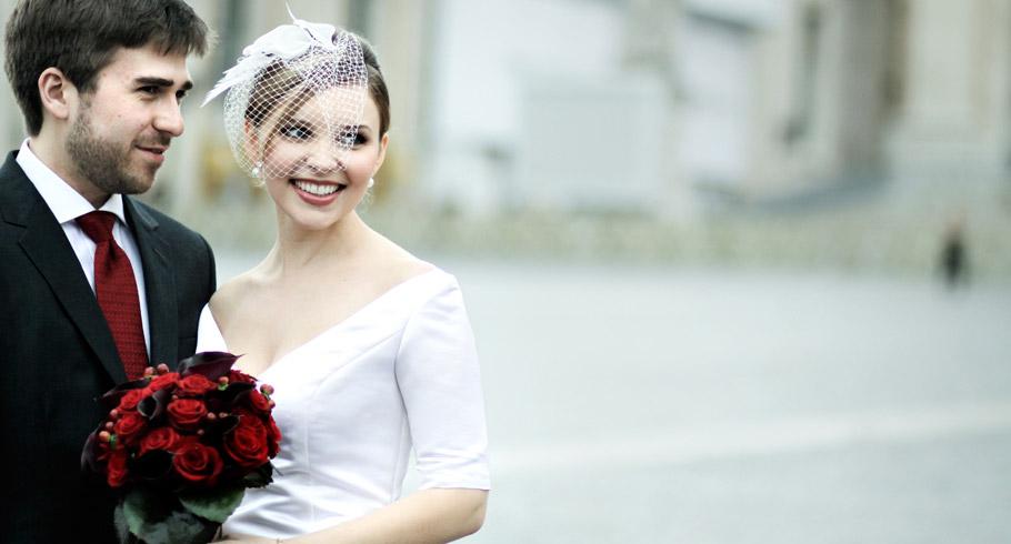 fotografo matrimonio roma foto fuori san pietro a roma