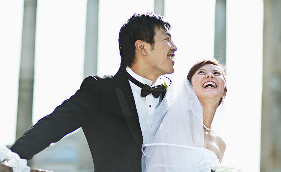 Frase Matrimonio Romano : Risate degli sposi studio fotografico pensiero